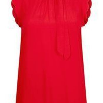 Top S/S Scalloped Sleeve Detail Bright Red