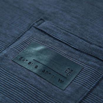 Donkerblauw T-shirt met borstzakje dark moon