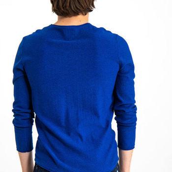 Blauwe trui met ronde hals